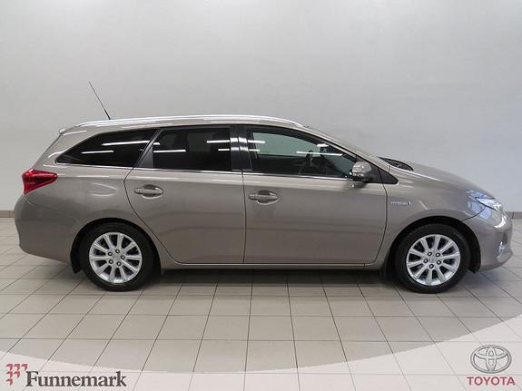 Toyota Auris Touring Sports 1,8 Hybrid Active+ 136hk  DAB Navi Xenon  2015, 30000 km, kr 225000,-