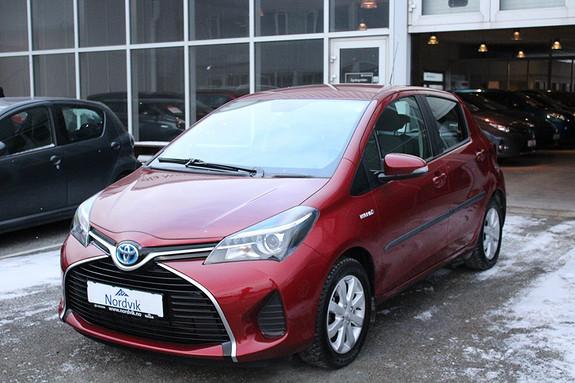 Toyota Yaris 1,5 Hybrid Active e-CVT Ryggekamera, Navigasjon  2015, 22000 km, kr 189000,-