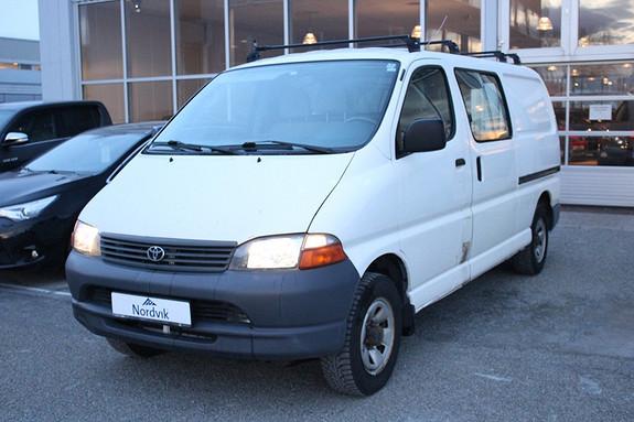 Toyota HiAce 102hk lang 4x4, Hengerfeste, Ny Service++  2003, 237450 km, kr 79000,-