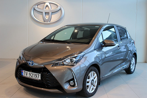 Toyota Yaris 1.5 Hybrid Style  2017, 8133 km, kr 239000,-
