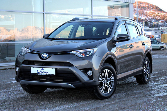 Toyota RAV4 Hybrid AWD Active S  2017, 7950 km, kr 439000,-