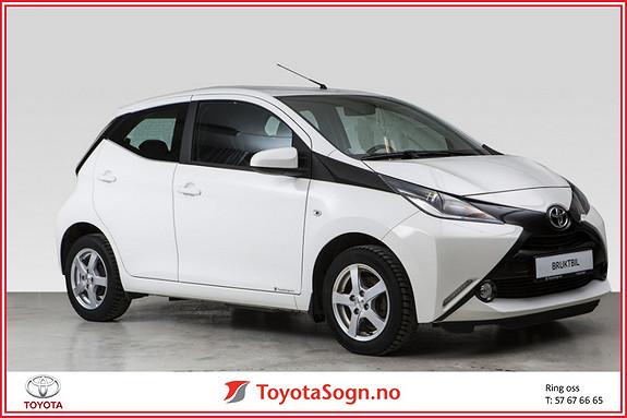Toyota Aygo x-play 1,0  2015, 41401 km, kr 119000,-