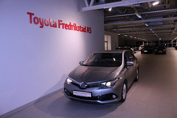 Toyota Auris 1,8 Hybrid E-CVT Active  2016, 47094 km, kr 229000,-