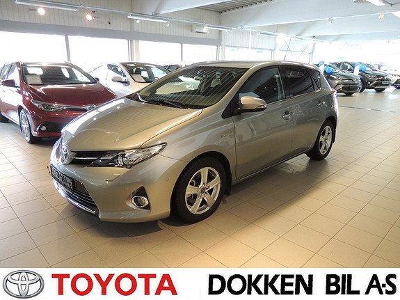 Toyota Auris 1,8 Hybrid Executive HSD  2013, 45000 km, kr 199000,-