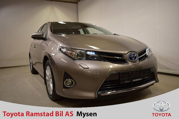 Toyota Auris 1,8 Hybrid E-CVT Active  2013, 74150 km, kr 160000,-