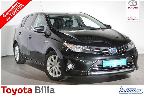 Toyota Auris 1,8 Hybrid E-CVT Executive  2013, 133019 km, kr 155000,-
