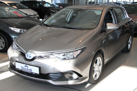 Toyota Auris 1,8 Hybrid E-CVT Active  2016, 28483 km, kr 249000,-