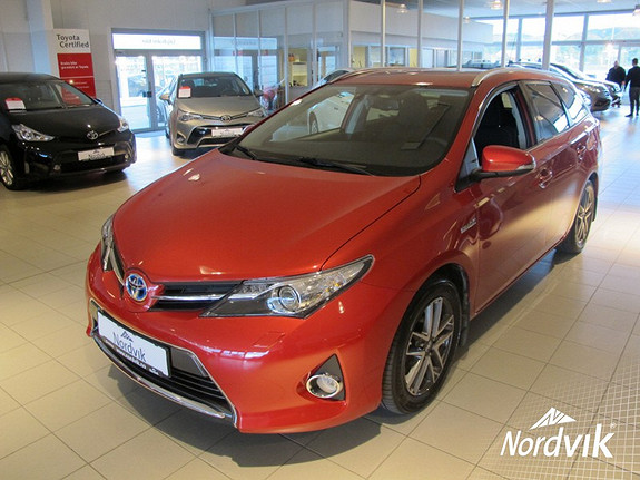Toyota Auris 1,8 Hybrid E-CVT Active+  2014, 34000 km, kr 199000,-