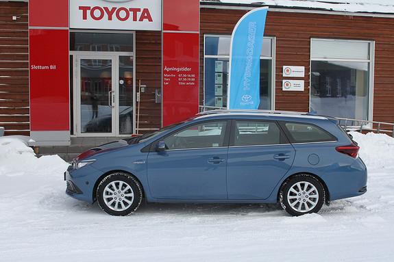 Toyota Auris Touring Sports 1,8 Hybrid Active  2016, 13444 km, kr 279000,-