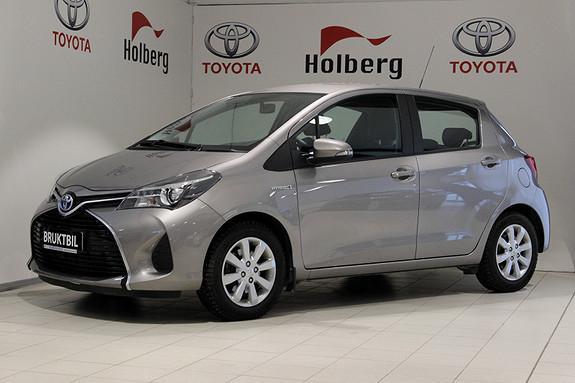 Toyota Yaris 1,5 Hybrid Active Dab+, Ryggekamera, Navi, Cruise ++  2015, 17100 km, kr 169000,-