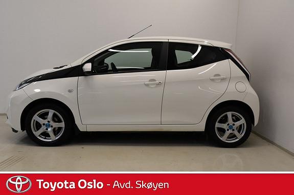 Toyota Aygo x-play 1,0 Med ryggekamera  2014, 36000 km, kr 109900,-