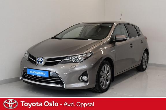 Toyota Auris 1,8 Hybrid E-CVT Executive , Skinnseter,  2013, 55624 km, kr 188900,-