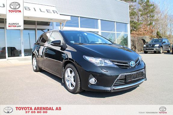 Toyota Auris 1,8 Hybrid E-CVT Executive  2014, 83500 km, kr 199000,-