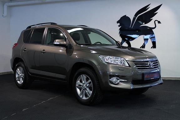 Toyota RAV4 Executive H.feste Ny service  2011, 114500 km, kr 175000,-