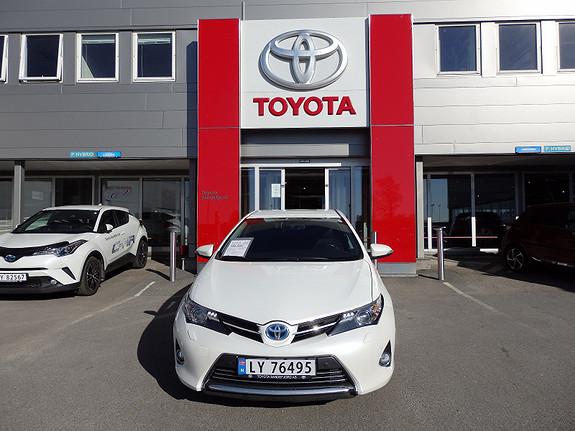 Toyota Auris 1.8 Executive  2014, 53000 km, kr 199000,-