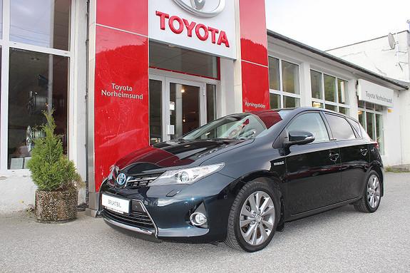Toyota Auris 1.8 Hybrid Executive Skyview KUN 1 EIGAR + TECTYL  2013, 47990 km, kr 199900,-
