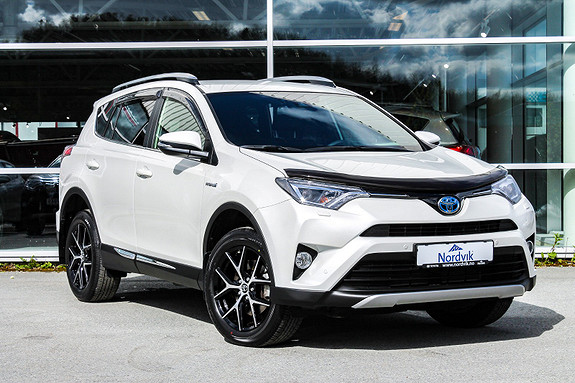 Toyota RAV4 Hybrid 2WD Active Style NAVI ,RYGGEKAMERA, PARK SENSOR  2017, 8233 km, kr 398000,-