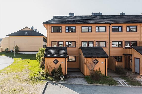 Rekkehus - Flatåsen - 3 295 000,- Olden & Partners