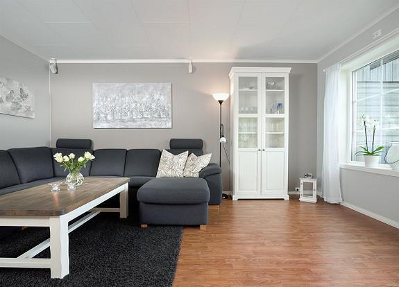 Nyere selveierleilighet i 2 etasje med egen veranda, carport og lave felleskostader. Østgårdhaven - Fredrikstad