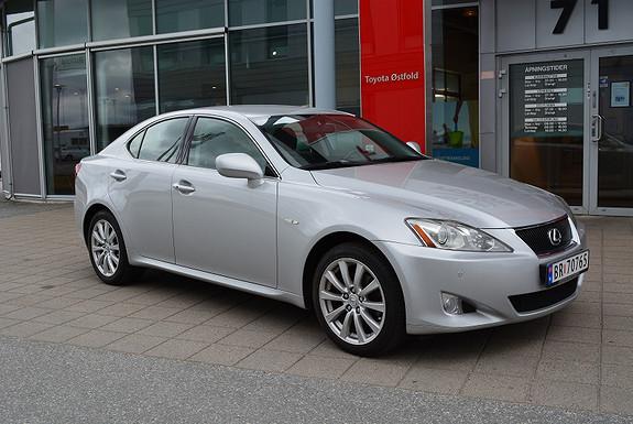 Lexus IS 2,2 D-CAT 177HK Executive, ÈN EIER,  2008, 136600 km, kr 149000,-