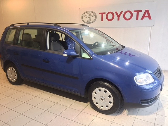 Volkswagen Touran 1,6 Bensin Basis  2003, 40417 km, kr 47000,-