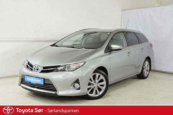 Toyota Auris 1,8 Hybrid E-CVT Executive  2014, 65500 km, kr 215000,-