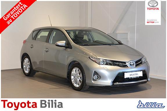 Toyota Auris 1,33 Dual VVT-i  Active H-feste Navi  2013, 55000 km, kr 149000,-