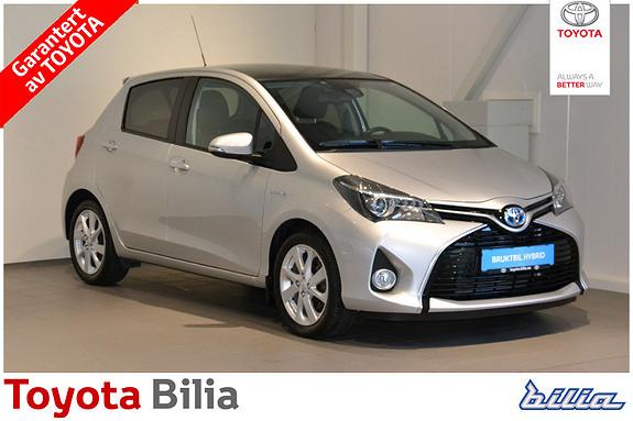 Toyota Yaris 1,5 Hybrid Style e-CVT Glasstak  2016, 21100 km, kr 199000,-