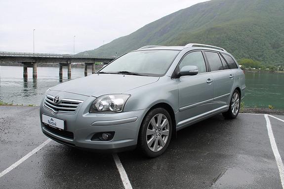 Toyota Avensis 2,0 D-4D Sol m/DPF NAVI, tilhengerfeste  2007, 101658 km, kr 99000,-