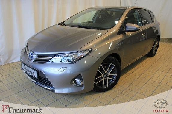 Toyota Auris 1,8 Hybrid E-CVT Active  2015, 29777 km, kr 219000,-