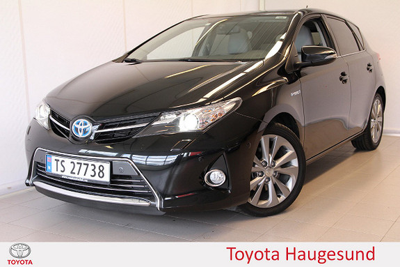 Toyota Auris 1,8 Hybrid Executive HSD  2014, 48 100 km, kr 199 000,-