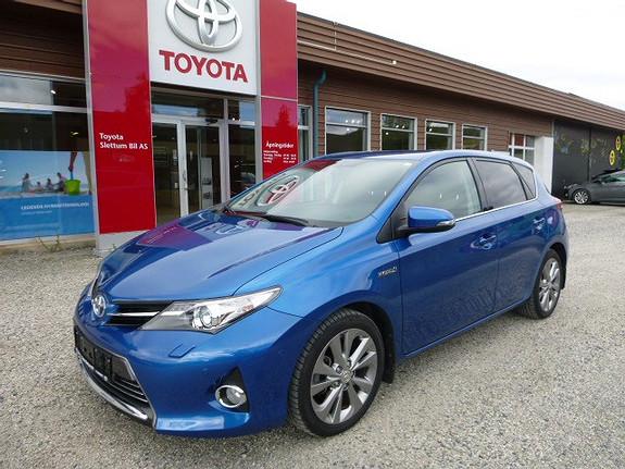 Toyota Auris 1,8 Hybrid E-CVT Executive  2014, 47842 km, kr 209000,-