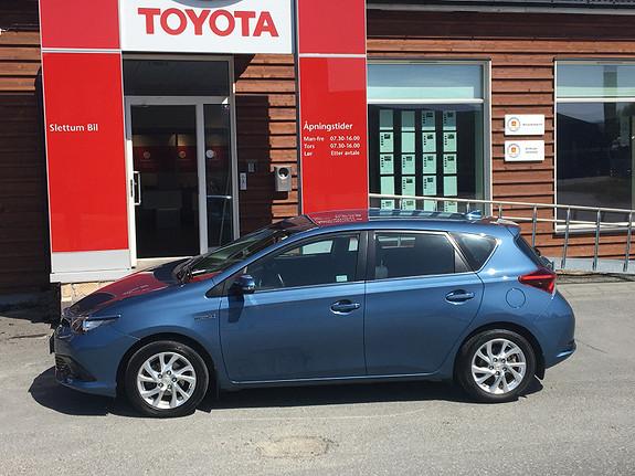 Toyota Auris 1,8 Hybrid E-CVT Active  2015, 35762 km, kr 229000,-