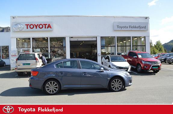 Toyota Avensis 1,8 147hk Exec. InBusiness 3.0 M-drive S  2013, 77216 km, kr 199000,-