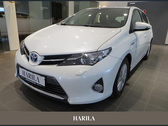 Toyota Auris 1,8 Hybrid E-CVT Active  2013, 74335 km, kr 189000,-