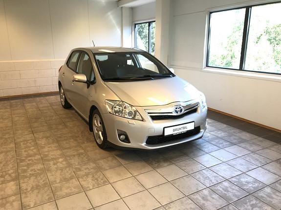 Toyota Auris 1,8 Hybrid Executive HSD  2011, 155900 km, kr 89000,-