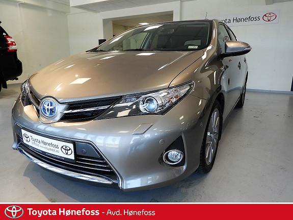 Toyota Auris 1,8 Hybrid E-CVT Executive , DAB+, navi, ryggekamera ++  2013, 63800 km, kr 189000,-