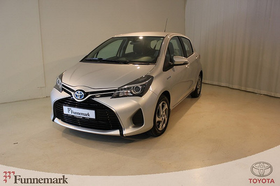 Toyota Yaris 1,5 Hybrid Active e-CVT  2015, 26300 km, kr 175000,-
