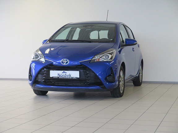 Toyota Yaris 1,5 Hybrid Active e-CVT  2017, 10623 km, kr 209000,-