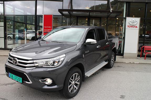 Toyota HiLux D-Cab, Automat, Skinn  2017, 1900 km, kr 418000,-