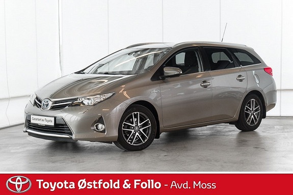 Toyota Auris 1,8 Hybrid E-CVT Active+ / NAVI / CRUISE / RYGGEKAMERA  2015, 64500 km, kr 208000,-