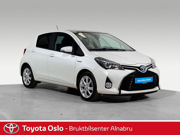 Toyota Yaris 1,5 Hybrid Style e-CVT aut Toppmodell  2015, 35766 km, kr 189900,-