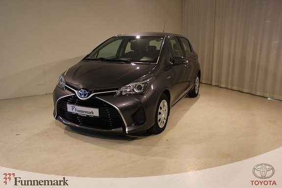 Toyota Yaris 1,5 Hybrid Active e-CVT `Lav kilometerstand`  2015, 11800 km, kr 175000,-