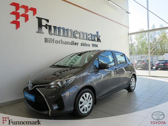 Toyota Yaris 1,5 Hybrid Active  2015, 21400 km, kr 159000,-