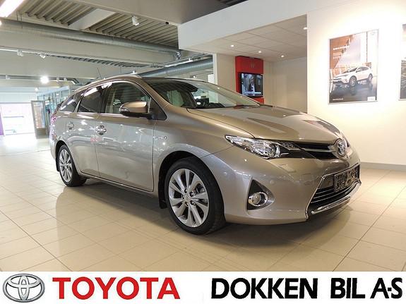 Toyota Auris 1,8 Hybrid E-CVT Executive  2013, 29500 km, kr 189000,-