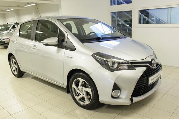 Toyota Yaris 1,5 Hybrid Active Go e-CVT aut  2017, 37139 km, kr 199000,-