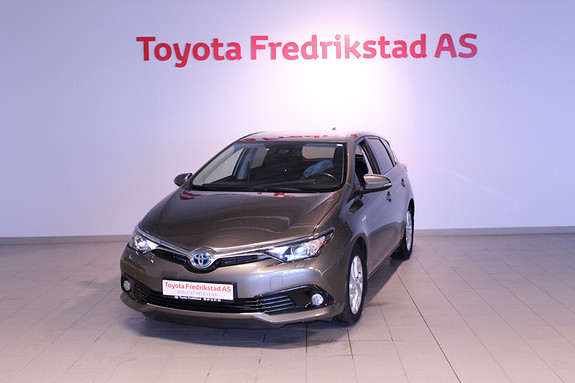 Toyota Auris 1,8 Hybrid E-CVT Active  2017, 46800 km, kr 249000,-