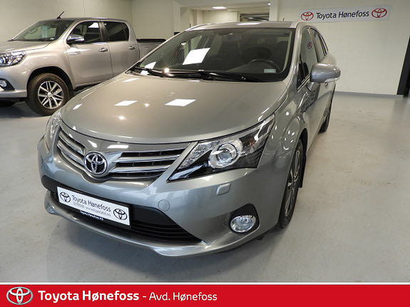 Toyota Avensis 2,0 D-4D 124hk Advance in Business , navi, hengerfe.++  2013, 73 400 km, kr 175 000,-