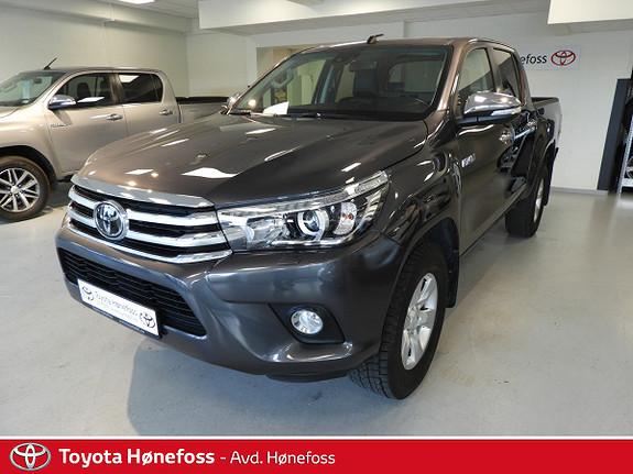 Toyota HiLux D-4D 150hk D-Cab 4WD SR+ aut , hengerfeste, ryggek.++  2017, 18900 km, kr 439000,-