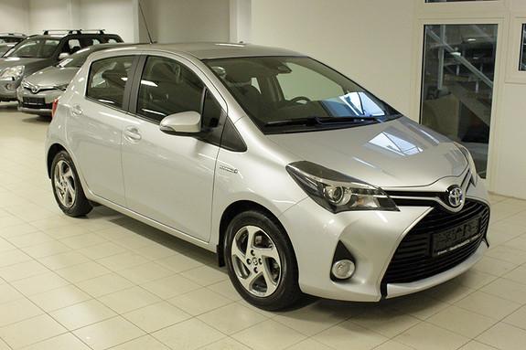 Toyota Yaris 1,5 Hybrid Active Go e-CVT aut  2017, 31221 km, kr 199000,-